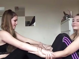 junior amateur girls in softcore yoga action 3